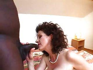 mega behaarte Mutter ficken junge schwarze Mann