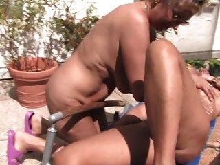 Lesben Reife Frauen und Omas