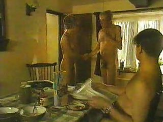 Die britische Schauspielerin Sarah Alexander nackt aus Nackt Praxis
