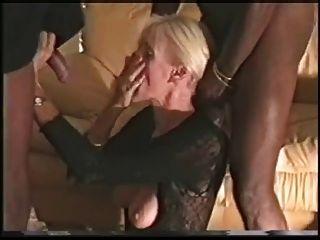 plz meine Frau mit dem großen schwarzen Hahn (Hahnrei) ficken