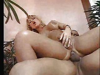 Big Butt Transe m27