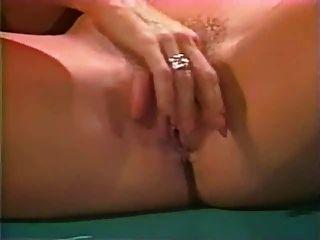 Nina Hartley und Jaspis Lesbenszene