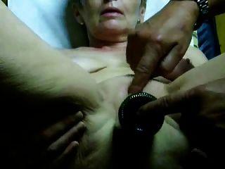 sehr heiße Oma Orgasmus