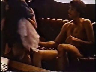 Colleen Brennan shagged auf einer Yacht