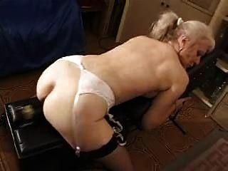 französisch rasierte blonde Granny PT12