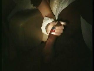 französisch Frau berührt und leckte in Pornokino (80er Jahre)