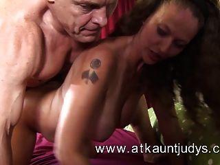 Sex mit einer reifen Frau