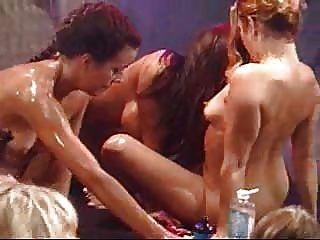 Lesben Öl Orgie