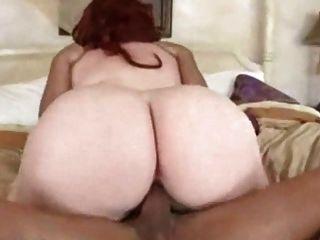 süße Rothaarige bbw bekommt ihre fleischigen Pussy 2 schlug
