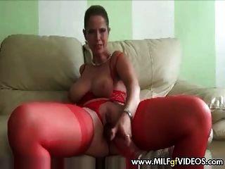 bbw Amateur Frau in Strümpfen