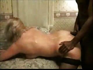 seine Frau mit Muskel schwarzen Mann filmt