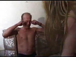 schmutziger alter Mann eine junge, blonde von snahbrandy ficken
