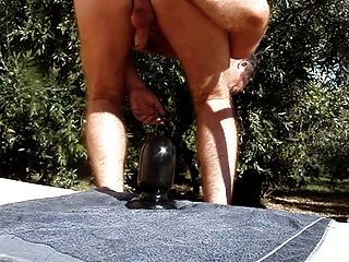 Monsterdildo und anal outdoor