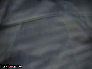 schwarze Küken weißen Schwanz