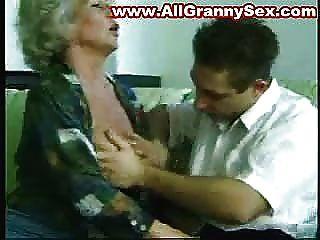 67 Jahre alt Oma gefickt