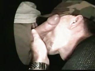 Glory Hole Schwanzlutscher (Homosexuell)