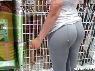 erstaunliche Blase Butt Teenager auf der Straße und dem Markt! nass!
