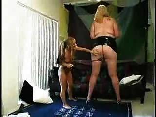 große fette Frau und kleines Mädchen PRT2 ... bmw