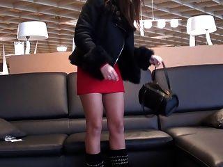 ungezogen julie Upskirt im Supermarkt GML Stiefel in Minikleid