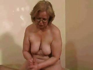 Frau. watson topless