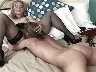 Nina Hartley Reife Lesbe