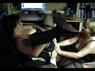 Ältere Lesben aus Europa. anal Fisting