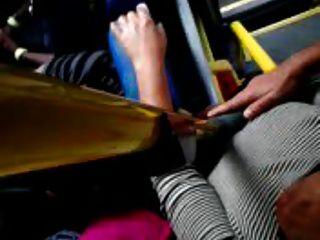 berühren in Titten Bus