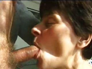 sexy Mutter 65 Brunette reifen und ein alter Mann