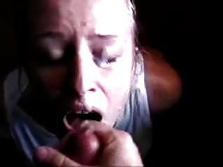 bittet um cum und Orgasmen von einer Gesichts