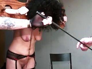 reifen mit schlaffe durch perverse Paar Teil 1 gefoltert Titten