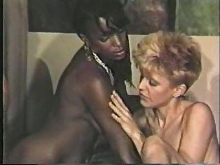 schwarzes Mädchen, weiß Junge lesbische Szene