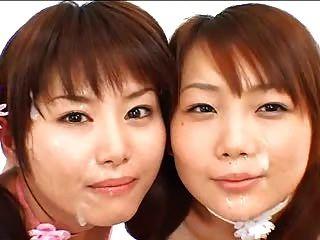2 Asiatische Mädchen bukkake