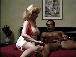 Порно kitty foxx
