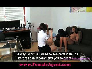 femaleagent ich möchte Sie schmecken