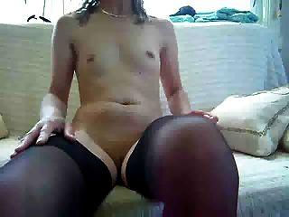 kleinen Titten Masturbation