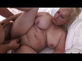 blond Oma r20