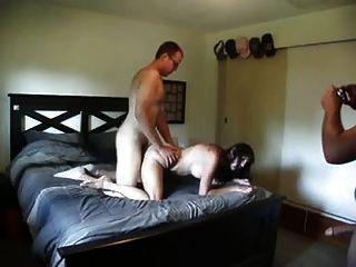 Freund fickt die Frau, während sie ihr Mann saugt