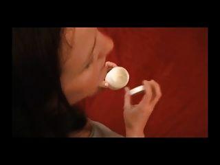 niedlich kurvige Milf bekommt es in den Arsch nach Fuß-Show.