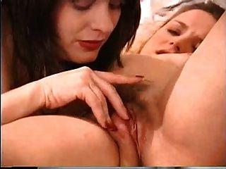 Schwangere Lesben in Hitze von Troc