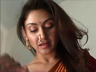 sexy indisches Mädchen
