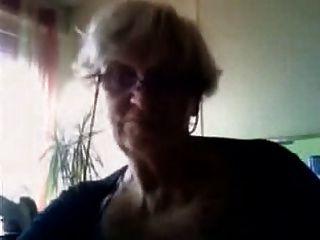 Oma auf wencam