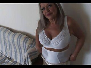 sexy Oma