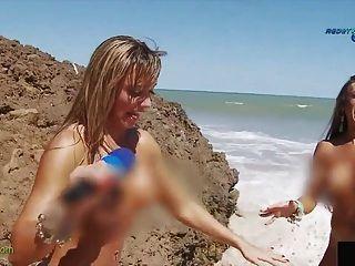 lustig Bericht über brasilian FKK-Strand