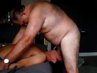 Fat Daddy fickt jungen Kerl
