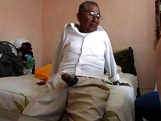 alter Mann fickt das Fett