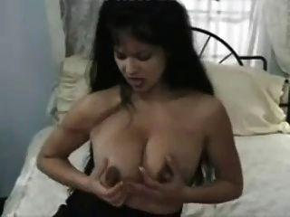 Masturbation, nachdem sie von snahbrandy mit einer Melkmaschine
