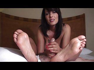 reifen zoey- Füße voller Sperma