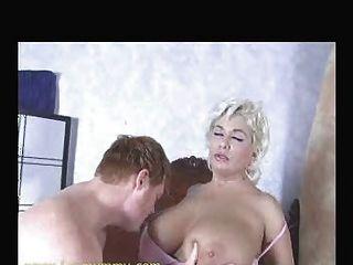 Freundin Mutter verführen ihr bf i