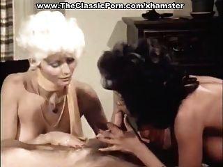Dreier Porno-Video mit Vintage-Pornostars