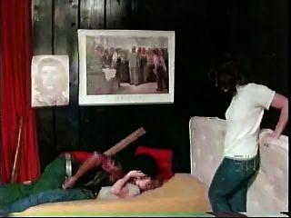 weiße Mädchen mit schwarzen Mann - Softcore zwischen verschiedenen Rassen von 1976